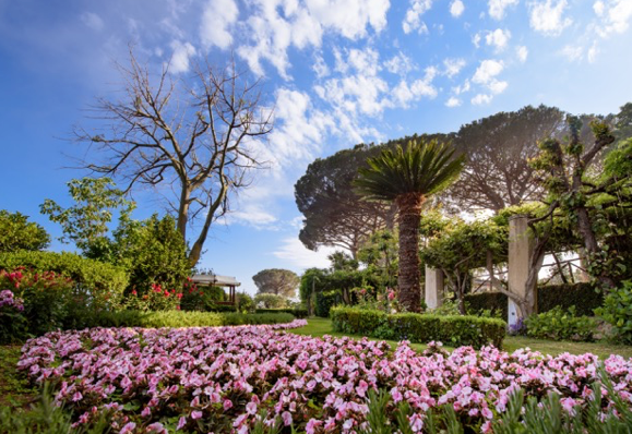 Villa Cimbrone Amalfi Coast.png