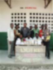 don de manuels scolaires au lycée de kolo togo afrique