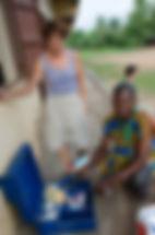 don médicaments armoire pharmacie école primaire togo afrique