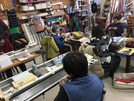 金曜日の編物教室
