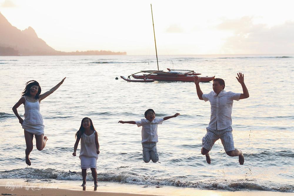 Kauai Family Portrait Photographer happy