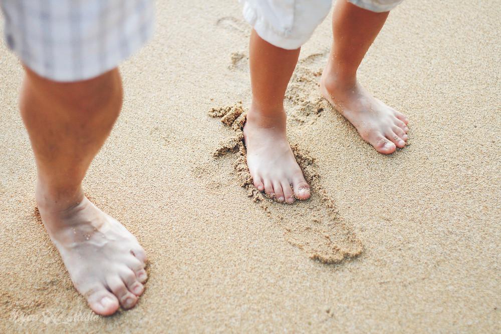 Kauai Family Portrait Photographer sand