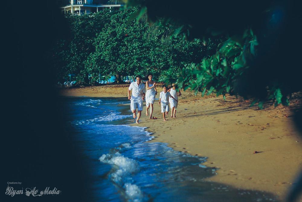 Kauai Family Portrait Photographer St. Regis