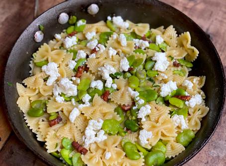 Pasta Rápida con Panceta y Habas