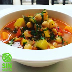 Sopa de Zapallitos, Zanahorias y Garbanzos