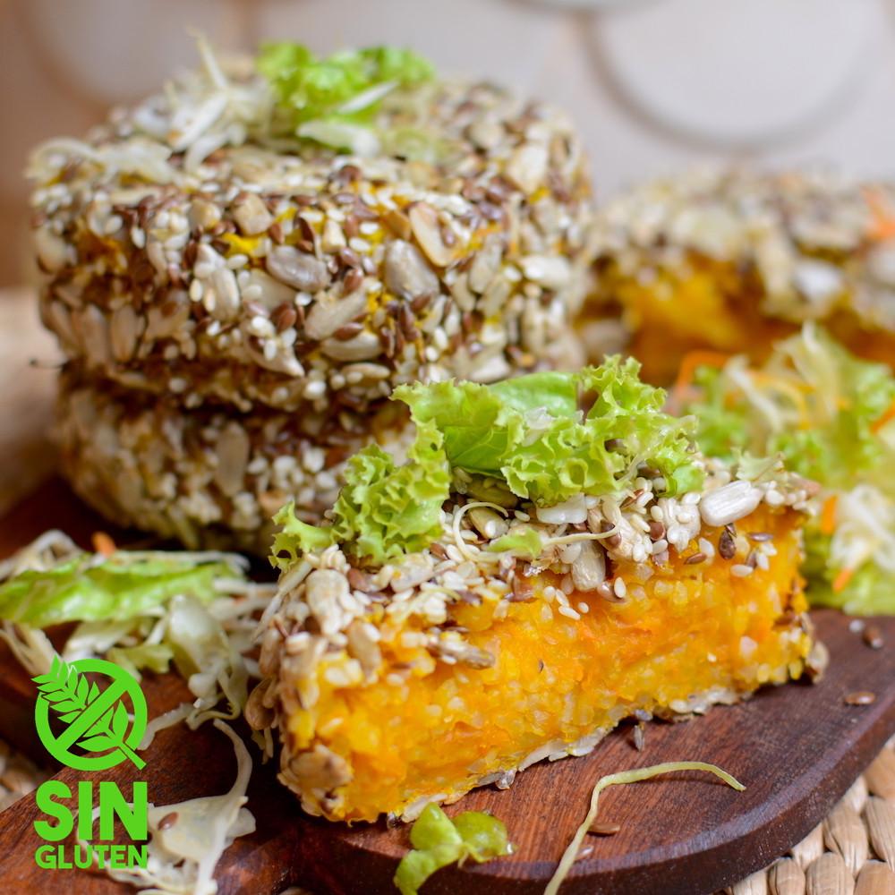 Hamburguesa de calabaza y arroz con semillas de girasol, semillas de sésamo y lino