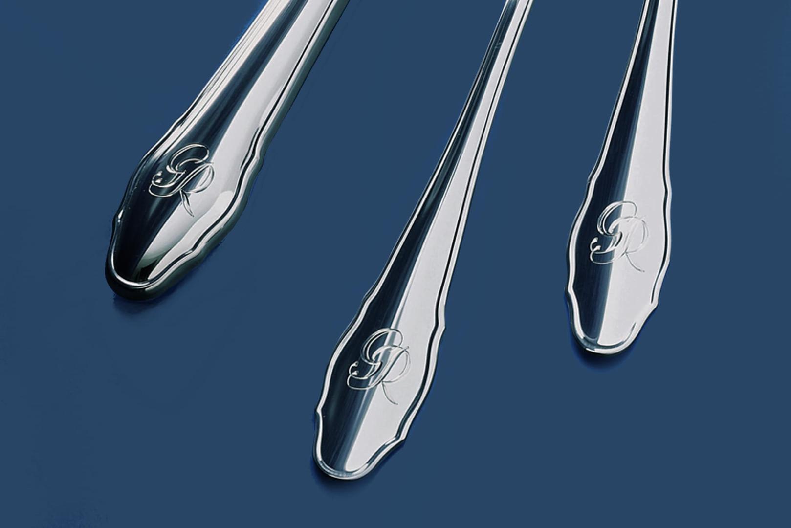Reiner Silberbesteck Chippendale mit Gravur
