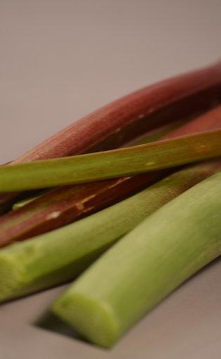 Rhubarb (lb)