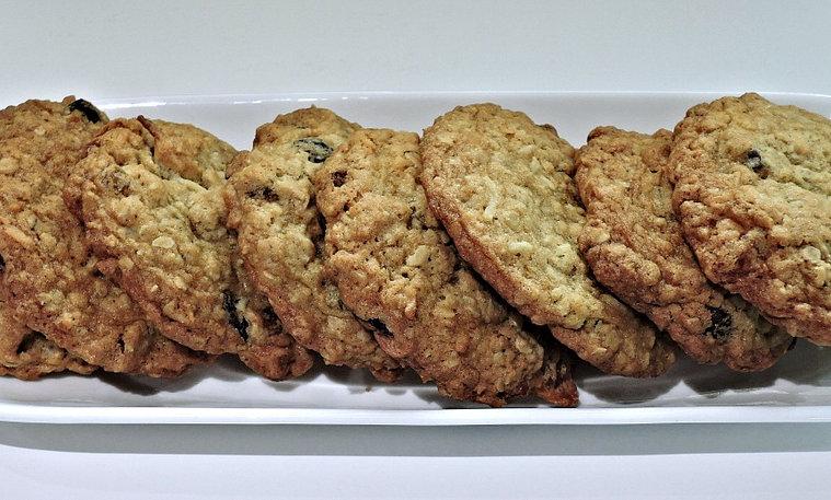 Oatmeal Cookies (1/2 dozen)
