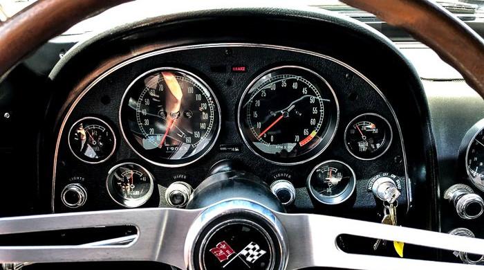1967-chevrolet-corvette (12).jpeg