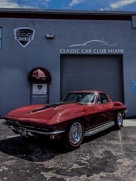 1967-chevrolet-corvette.jpeg