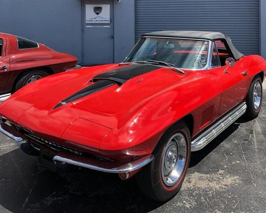 1967-chevrolet-corvette (3)_edited.jpg