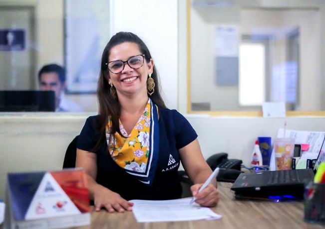 Flávia Maria, Assistente Administrativa e Financeira