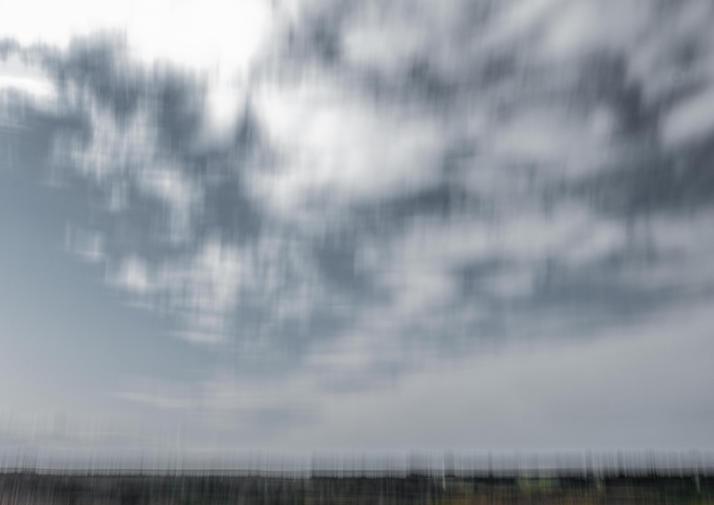 Vrijheid Ruimte, zo'n behoefte aan meer ruimte.  Wachtend op de bevrijding, met meer lucht, een diepe ademhaling.