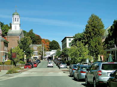 town-582871_1920.jpg