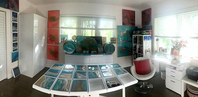 Miami Art Studio - Resin Painting Classes - Mixed Media Painting Classes -