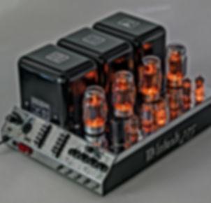 Mcintosh-MC275-glow.jpg