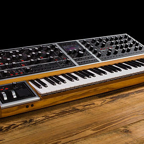 Ultimate_Moog_Synthesizer.jpg