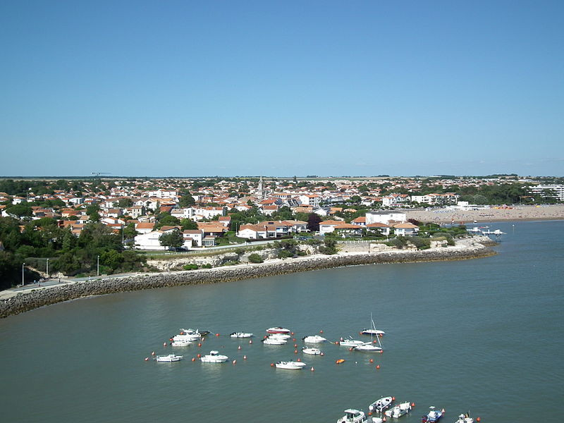 St Georges - Royan.JPG