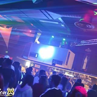 """DJ Toine aux platines du Club """"Le Papillon"""" (88)"""
