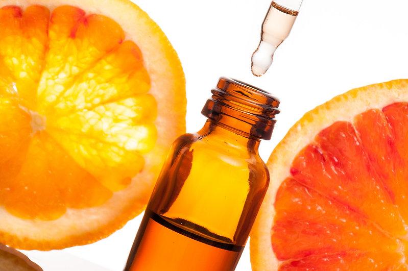 Essential oil with oranges.jpg