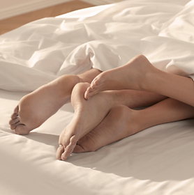 relationship-411-foot-cuddling-while-sle