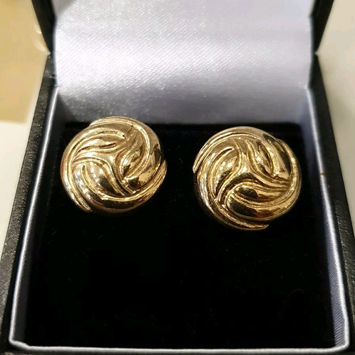 9ct yellow gold studs, heavy and chunky