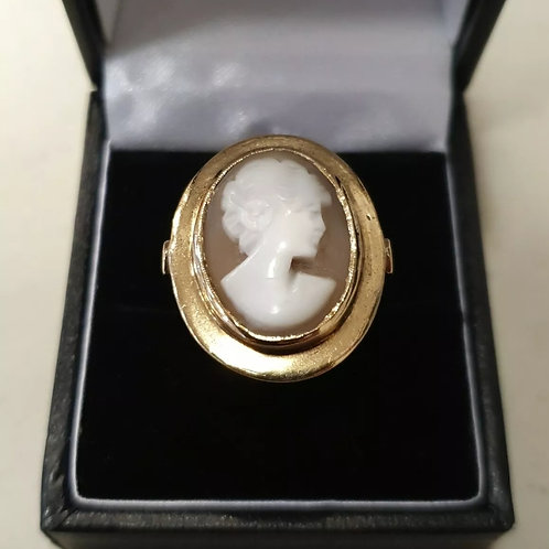 9ct Yellow Gold Cameo Ring