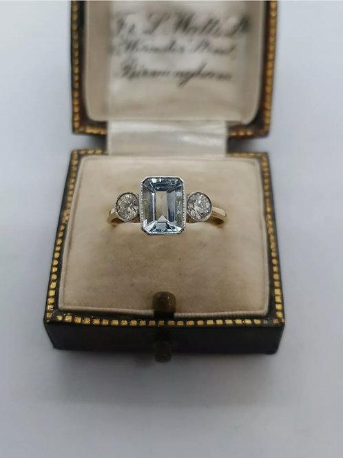 18ct Yellow Gold Aquamarine And Diamond Trilogy Ring