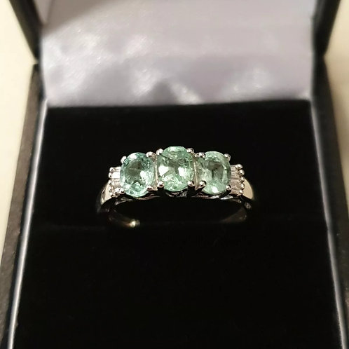 9ct White Gold Emerald & Diamond 3 stone Ring