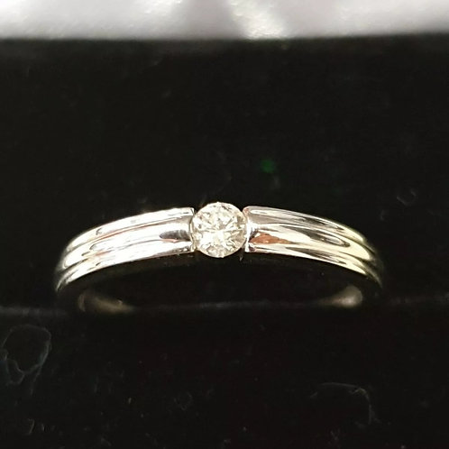 9ct White Gold Tension set Diamond Solitaire Band Ring