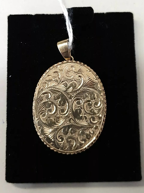 9ct Yellow Gold Heavy Floral Locket