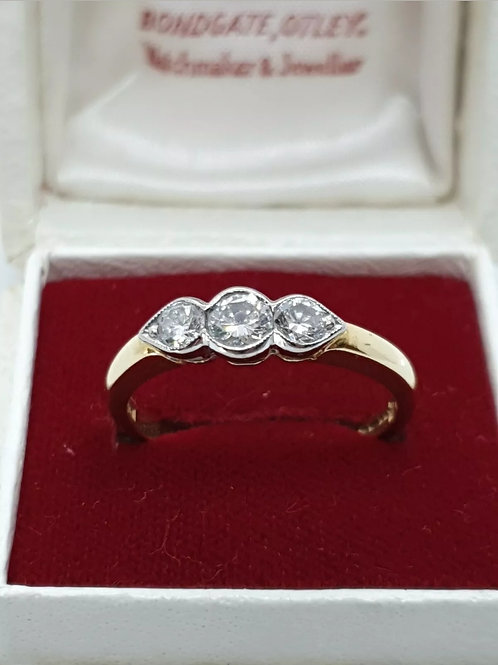 18ct Yellow Gold Trilogy Diamond Ring 53pts