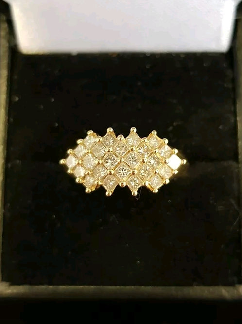 18ct yellow gold diamond cluster 1.68ct with COA