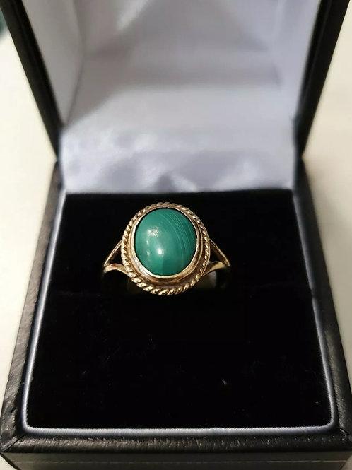9ct yellow gold Malachite Ring