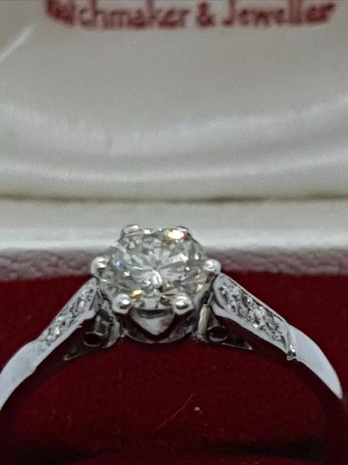 Vintage 18ct White Gold 50 Points Diamond Solitaire.