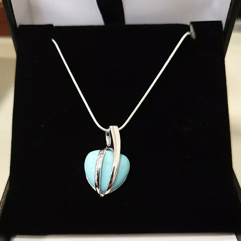 BRAND NEW Sterling Silver Turquoise Pendant And Chain