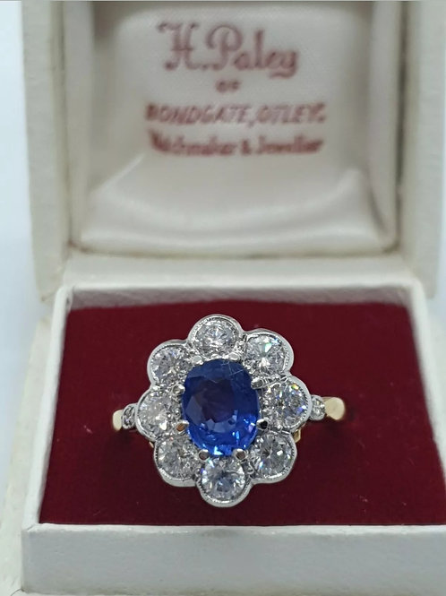 18ct Sapphire & Diamond Daisy Cluster Ring