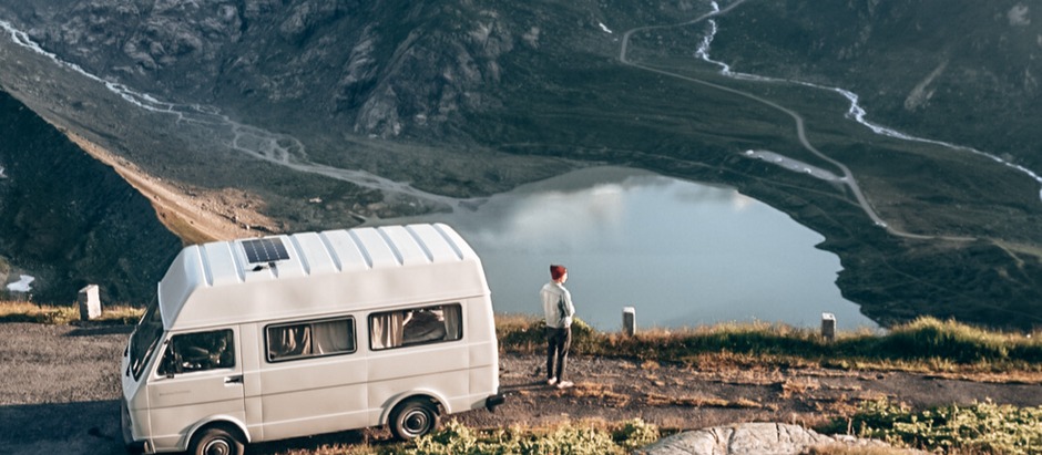 Schweiz-Roadtrip: Von kurvigen Pässen, funkelnden Bergseen & atemberaubenden Wanderungen