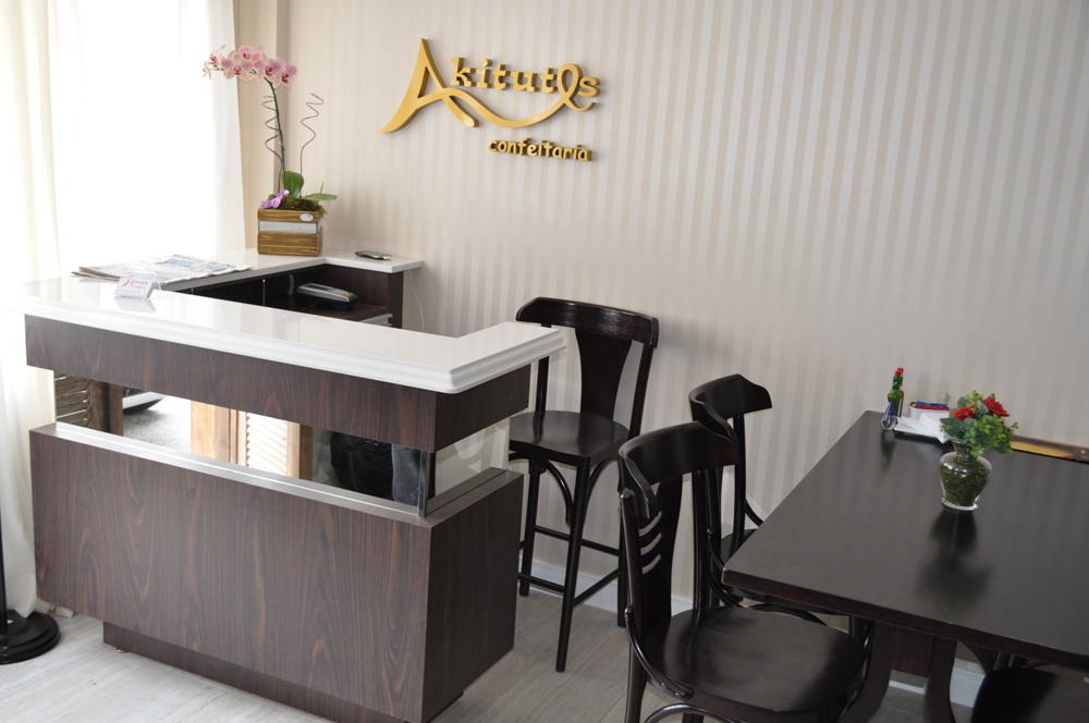 AQUITUTES CAFÉ