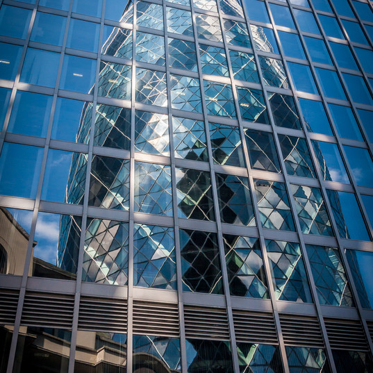 Swiss Re Reflection, London
