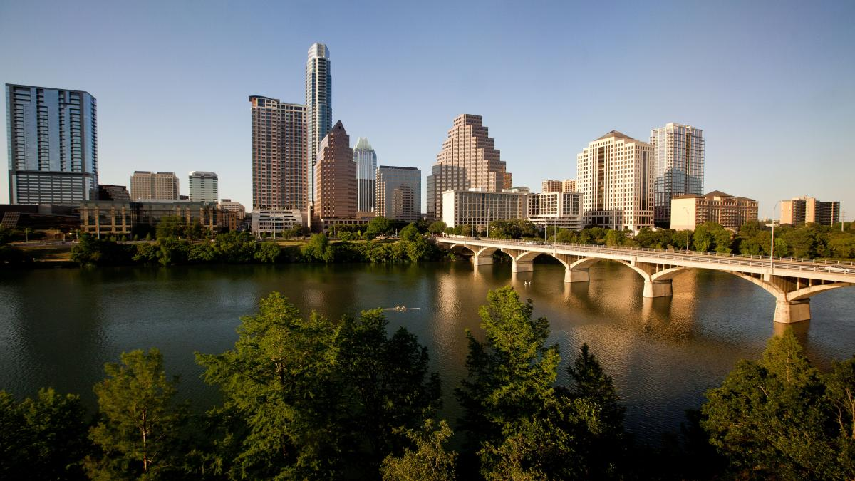 4096px-Austin_Texas_Sunset_Skyline_2011