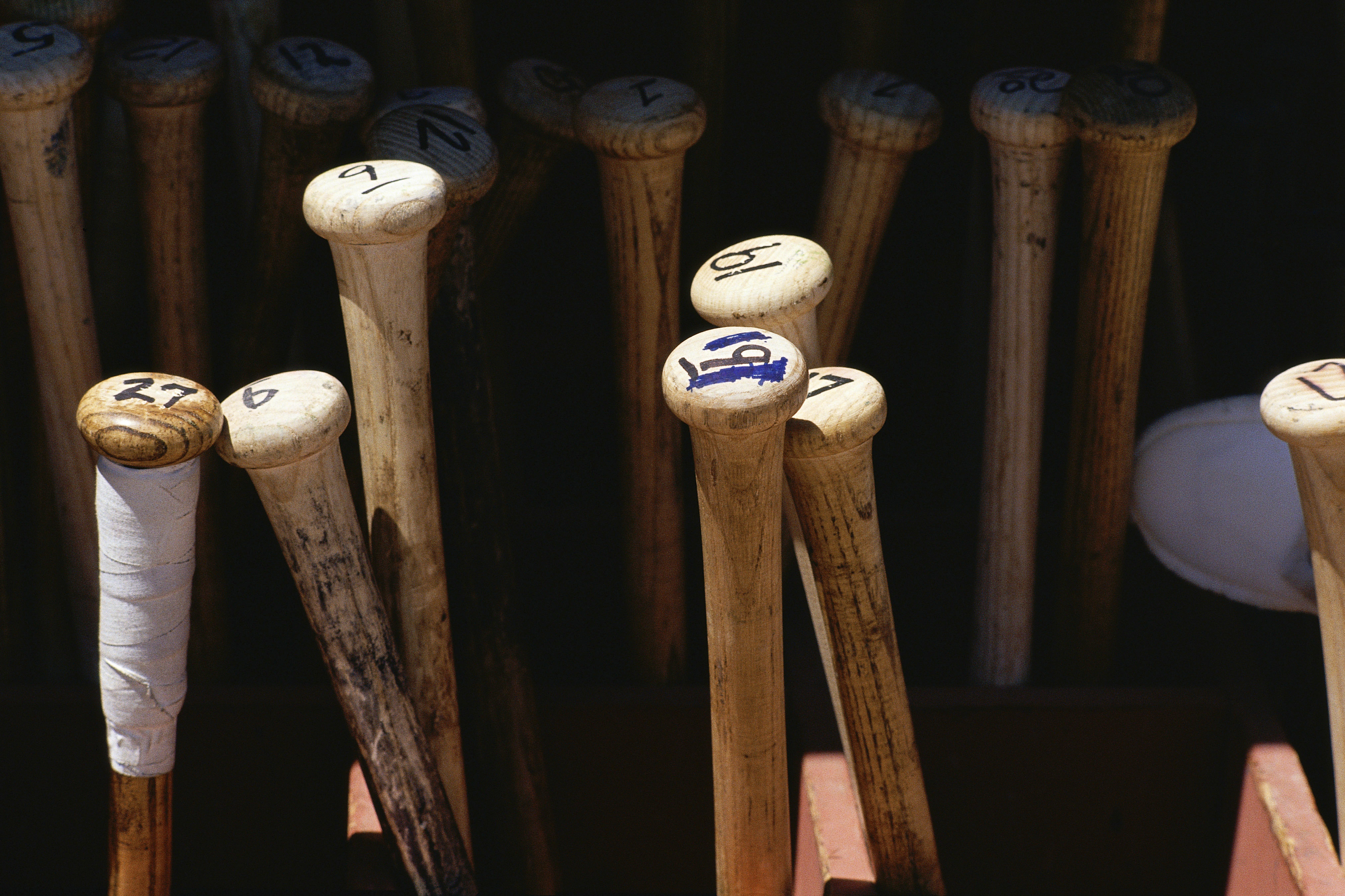Des battes de baseball