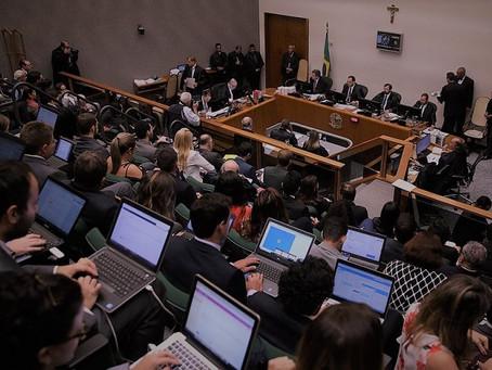 Sócio de LL Advogados publica novo artigo com Diretor da USP