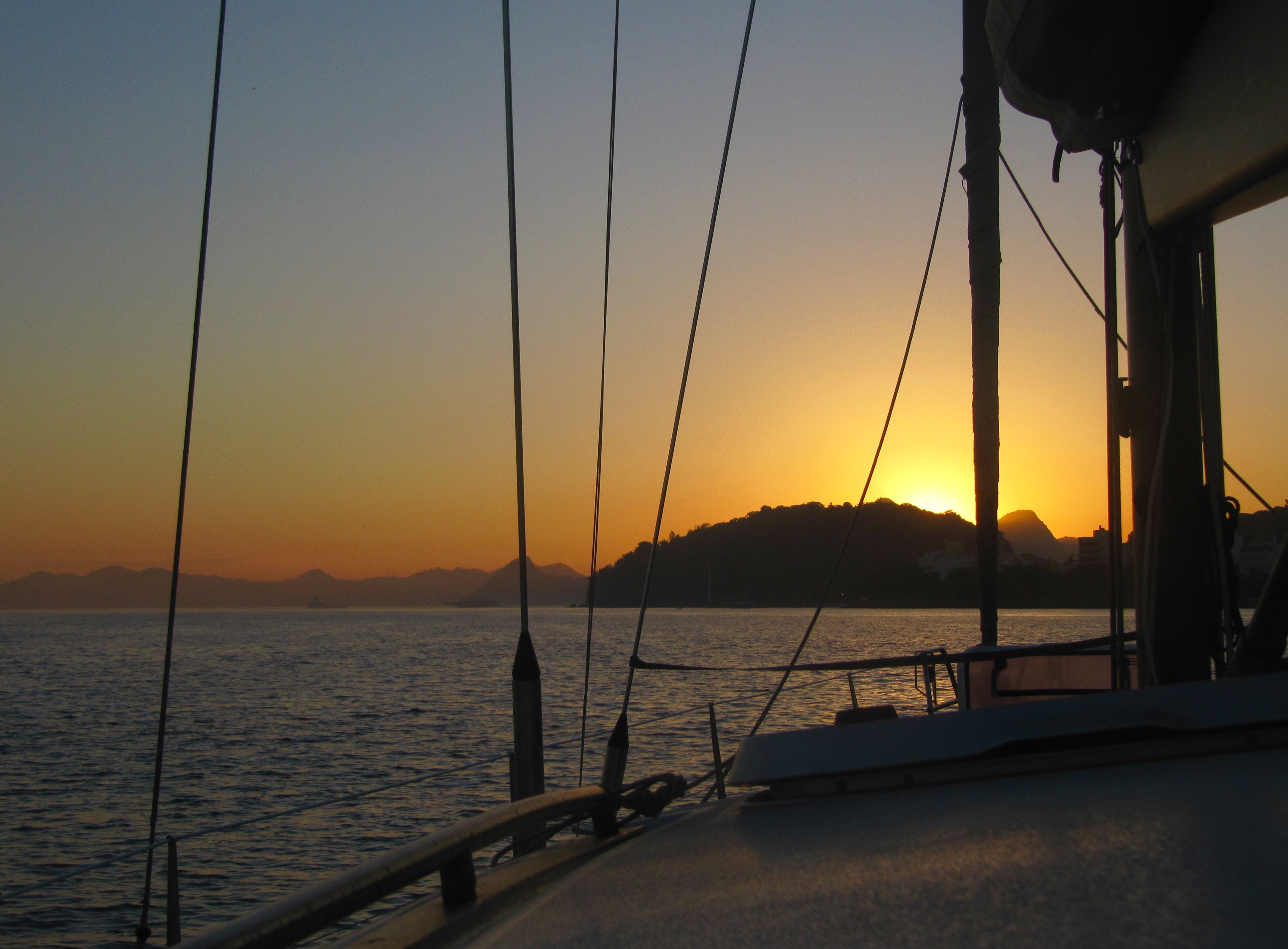 Guanabara Bay by sun rise (Rio)