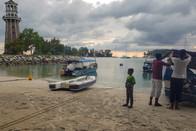 bij het vissersstrandje gaan we te water