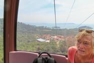 samen met Reinhilde met de cable car