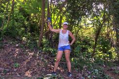 samen met Ria bedwingen ze de tropishe wildernis