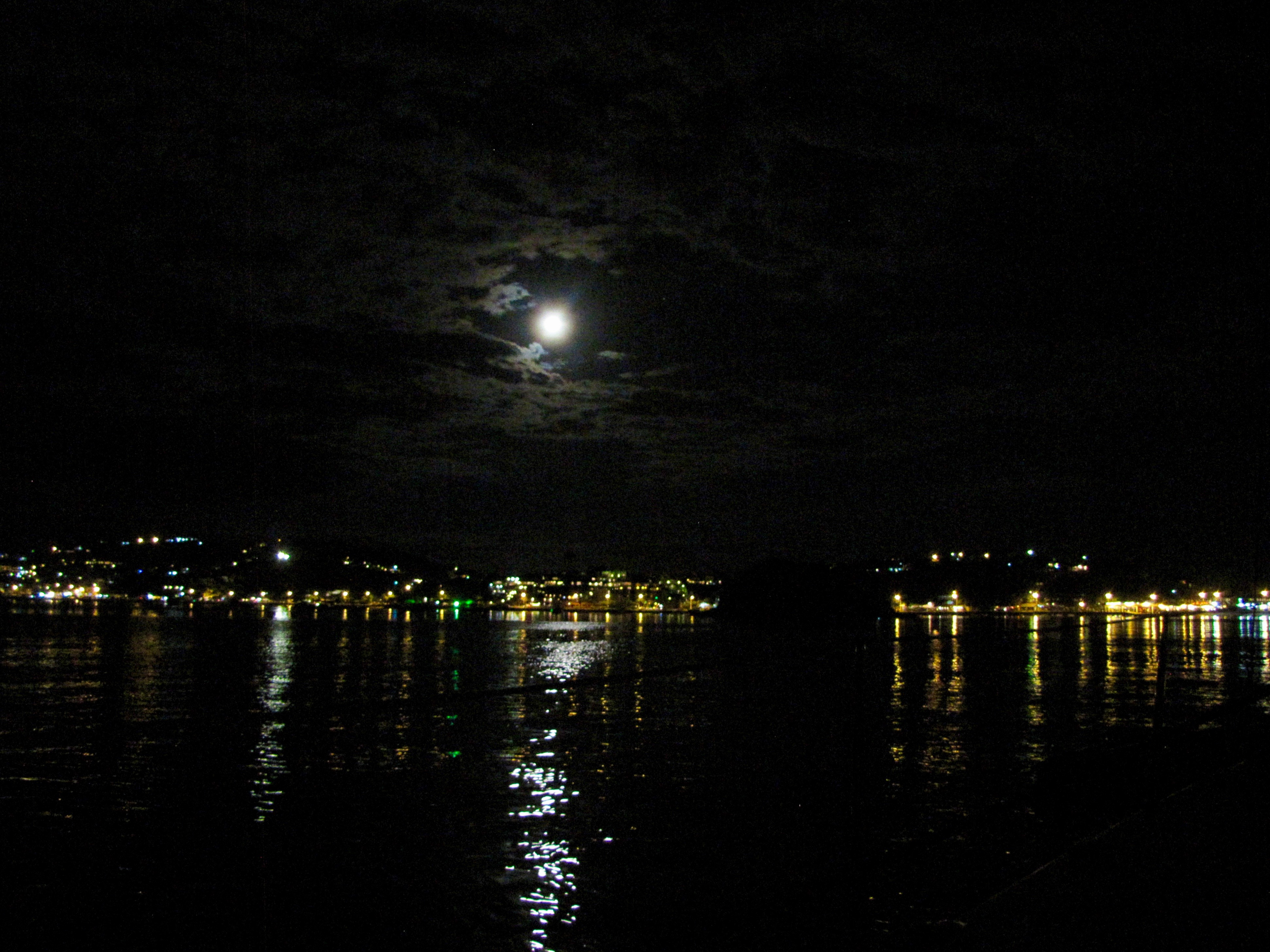 Buzios - by full moon