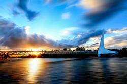 Sun_Dial_Bridge,_Redding,_CA,_USA